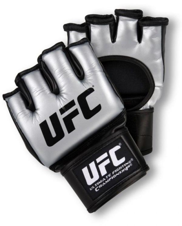 Century UFC Ultimate MMA Trainingshandschuh